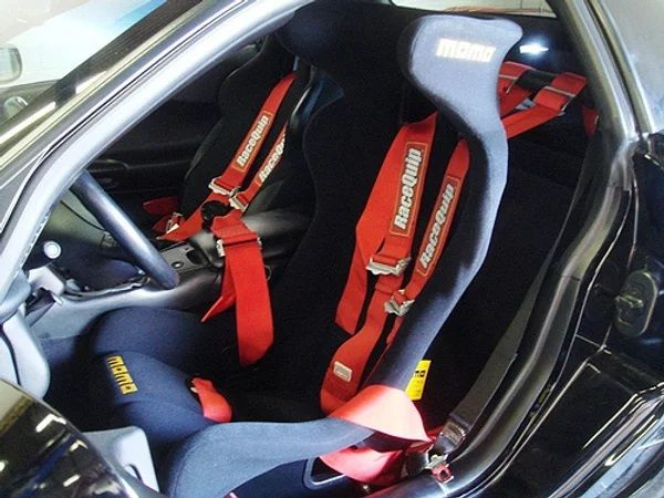 ZoomOn Z039 Momo Daytona racing seat